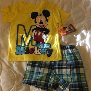 New Boys 2piece Mickey Mouse Outfit
